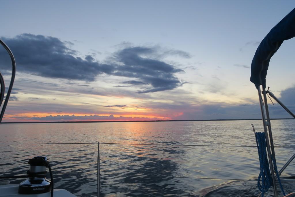 Sonnenuntergang auf dem Weg nach Süden aus dem Kalmarsund